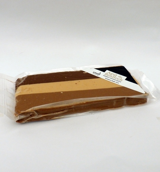 Turrón 3 chocolates